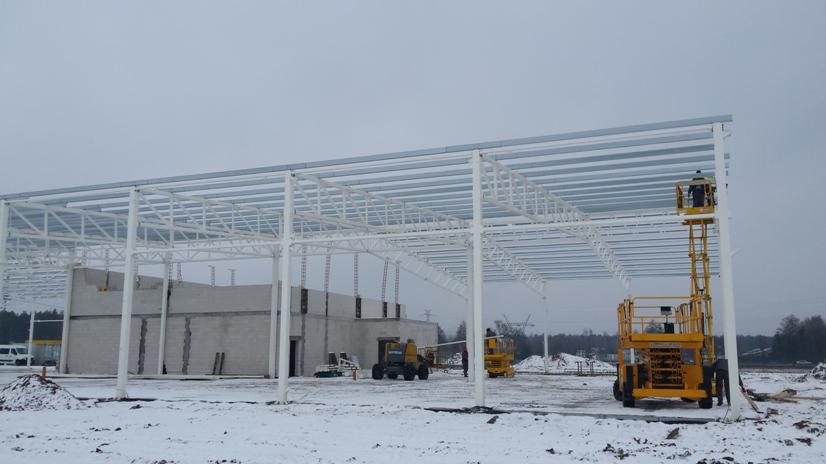 Zakończono montaż hali magazynowej o masie 58 ton w miejscowość Borki Wyrki